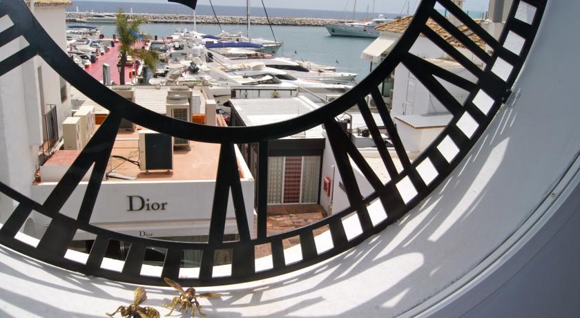 Shop Dior Puerto Banus