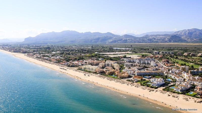 Playa L`Aigua Morta in Alicante