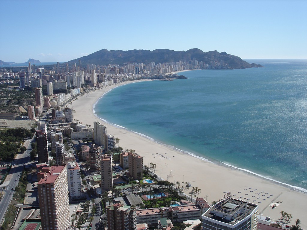 Playa Poniente in Alicante