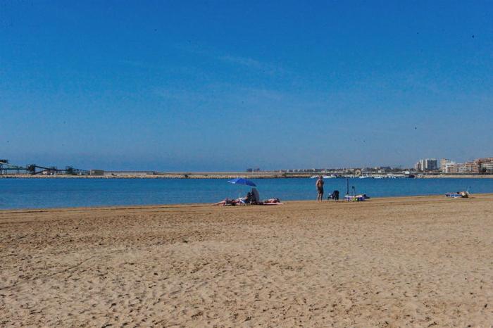 Playa del Acequion in Torrevieja
