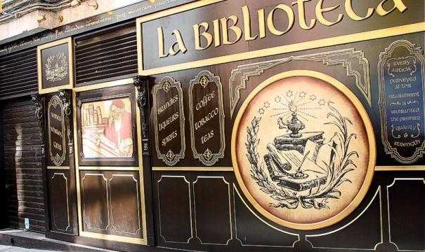 La Biblioteca Bar in Malaga