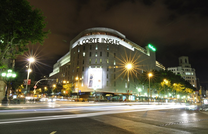 El Corte Ingles shopping center in Barcelona