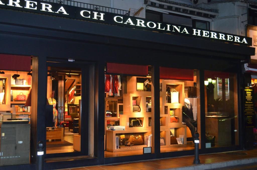 Shop Carolina Herrera Puerto Banus