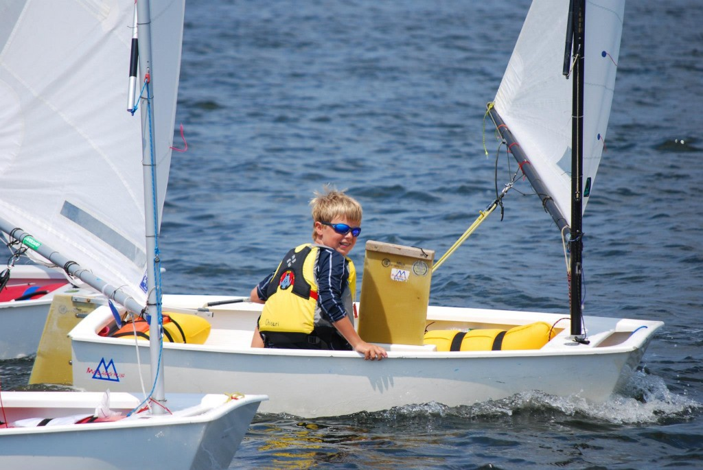 Sailing school in Alicante