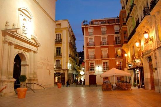 El Barrio in Alicante