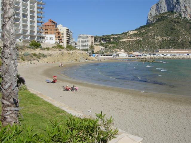Playa Cantal Roig in Alicante