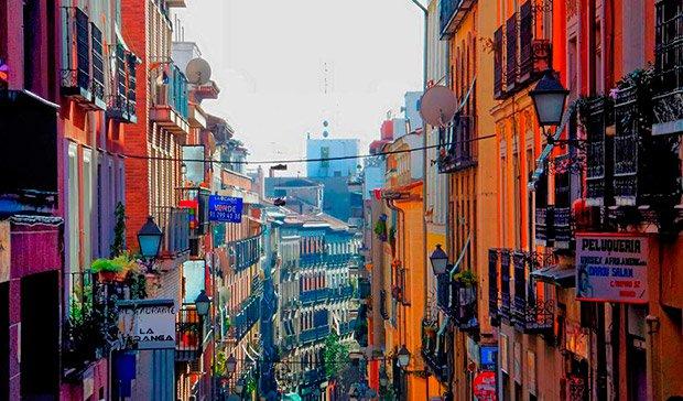 Nightlife Lavapies Madrid