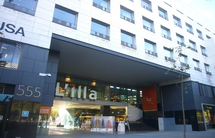 L'illa Diagonal shopping center in Barcelona