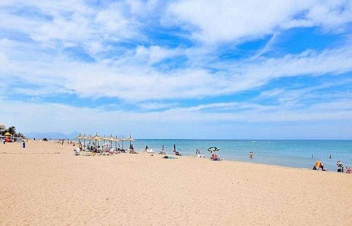 Les Marines Beach in Denia